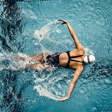 Featured Image - butterfly-stroke-swim-workout-butterfly-bonanza